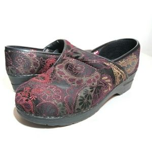 Sanita Danish Vegan Clogs